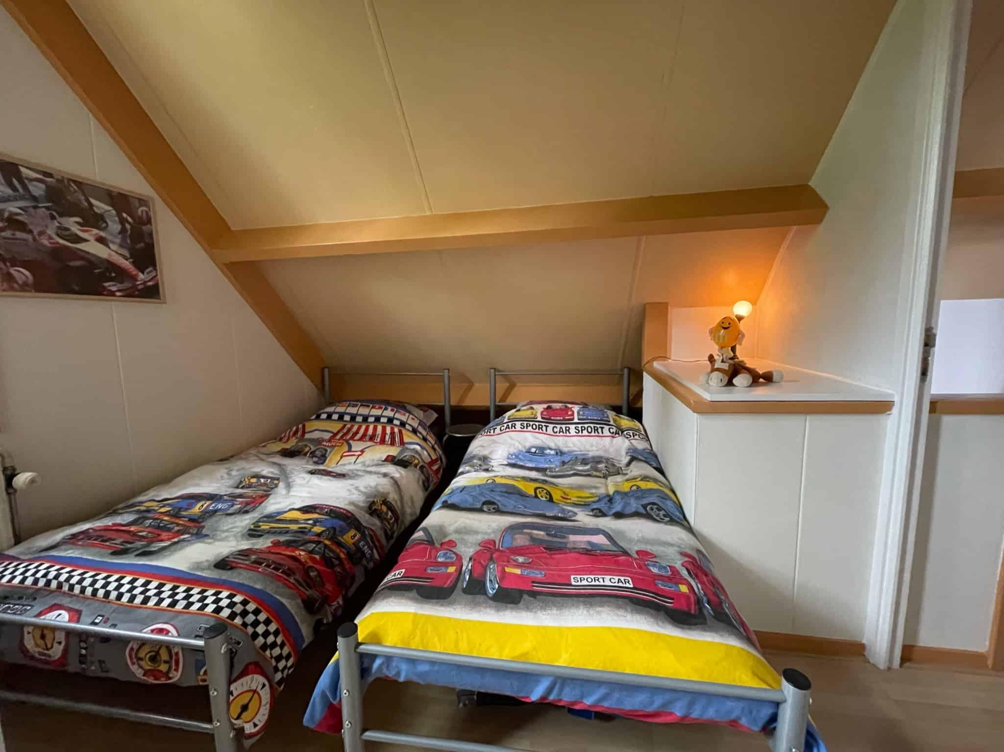 2  losse bedden